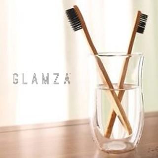 Brosse à dent infusée au charbon actif de bamboo